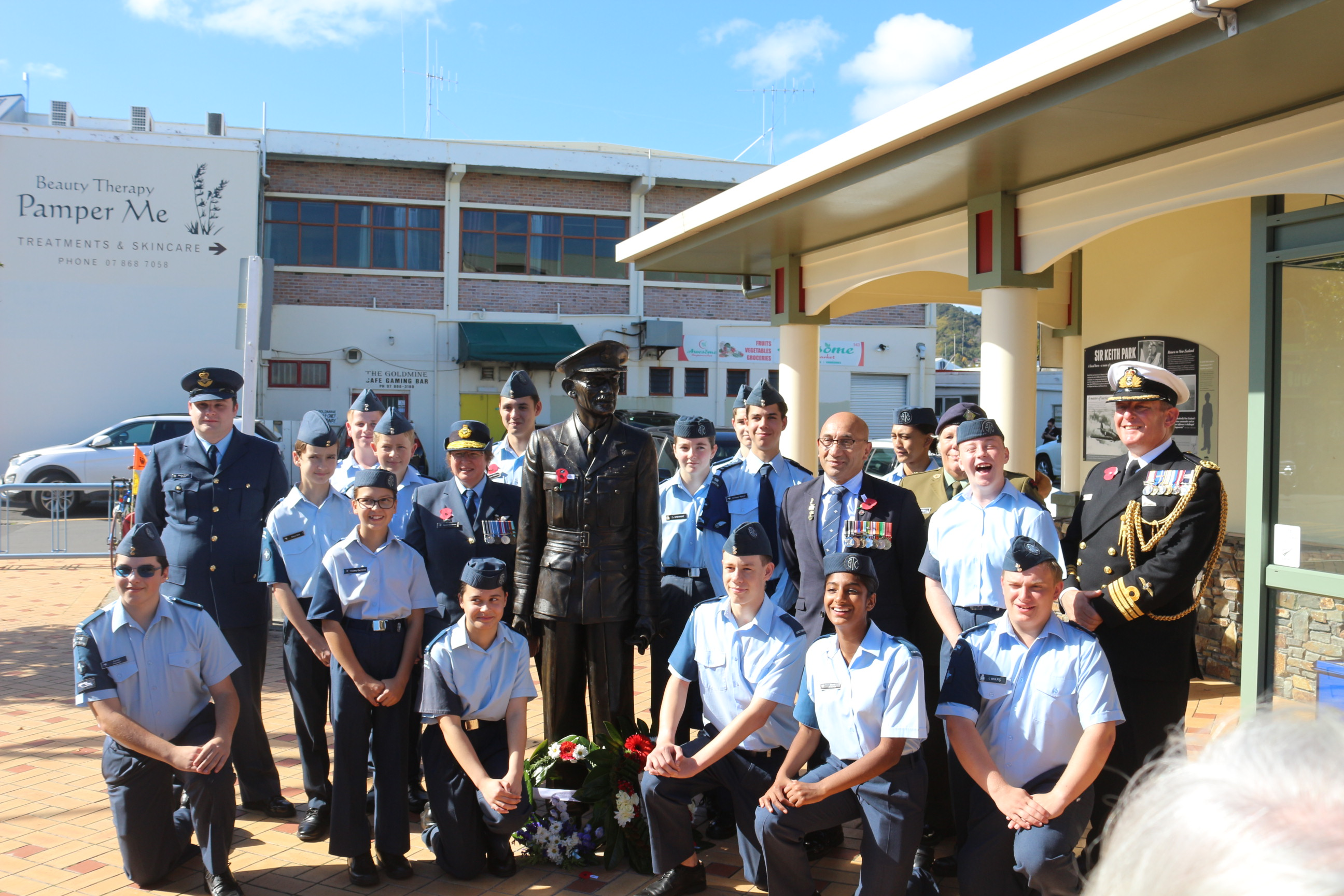 Hauraki-area air cadets with Defence Minister Ron Mark and UK defence attache Commander Guy Haywood.