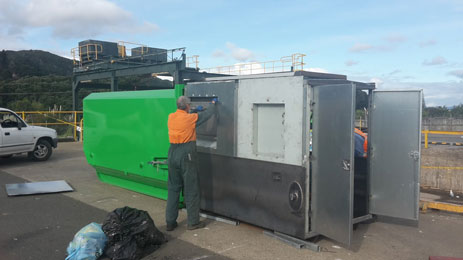 Rubbish compactor unit